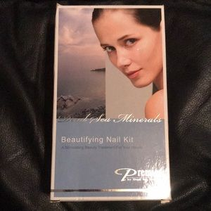 BNIB premier by Dead Sea nail kit